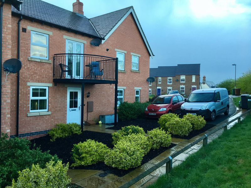 1 Bedroom Property for sale in St Martins Close, Swadlincote